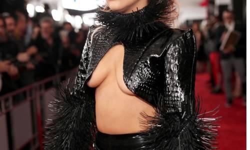Lady Gaga, sexy details