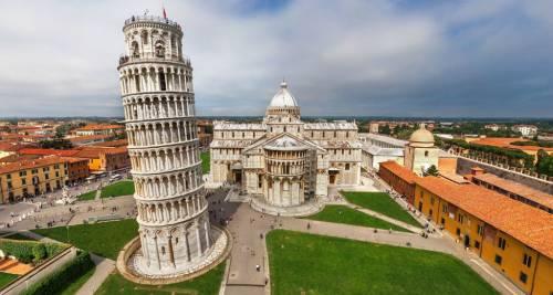 La Torre pendente – Pisa, Italia