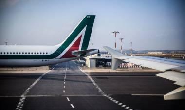 L'incapacità di affrontare un fallimento chiamato Alitalia