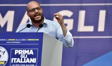 Il ministro Fontana vuole abolire la legge Mancino
