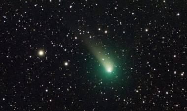 """Tutti con gli occhi all'insù: il 2018 si congederà con la """"Cometa di Natale"""" e una pioggia di """"stelle cadenti"""""""