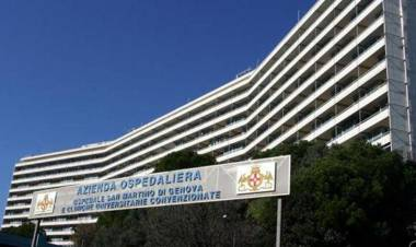 Genova, gravissima al San Martino una 18enne. La Regione: Era stata vaccinata con AstraZeneca.
