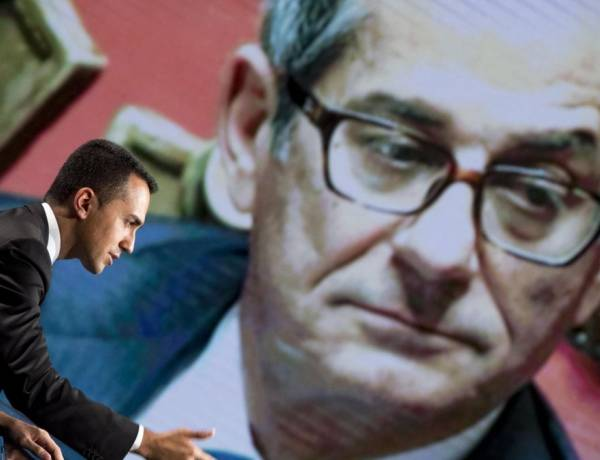"""Manovra, Di Maio: """"Sì a un po' di deficit. Debito può scendere tra uno o due anni"""""""