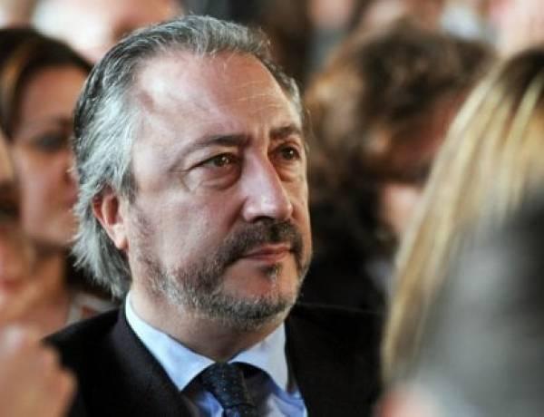 """Mafia, arrestato Ruggirello ex deputato regionale Pd. """"E' a disposizione dei fedelissimi di Messina Denaro"""""""