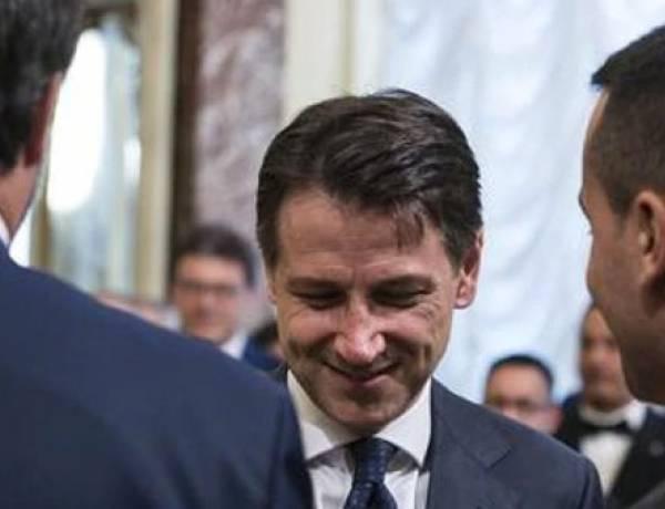 La Lega tradisce gli Italiani presentando la mozione di sfiducia a Conte ad Agosto