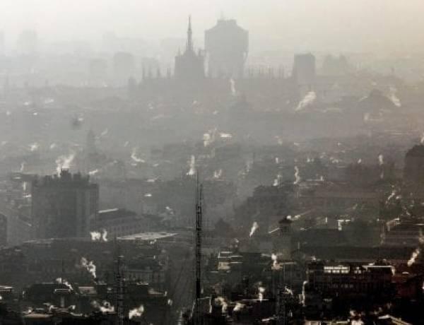 """Smog, a Milano """"situazione allarmante: siamo in emergenza""""."""