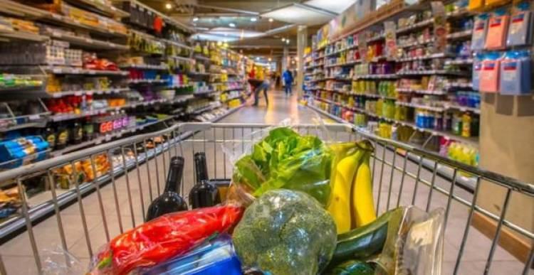 """Ecco perché sale e zucchero sono sempre """"nascosti"""" al supermercato"""