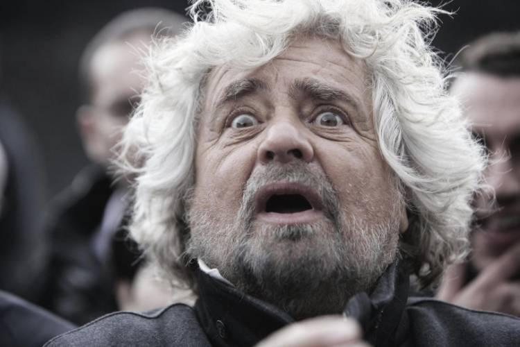 Italia a 5 stelle, Beppe Grillo: togliere poteri al Capo dello Stato