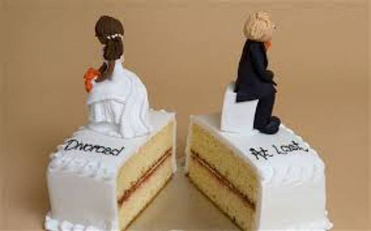 Matrimonio lampo, dopo 3 minuti lei chiede il divorzio: Mi ha offeso, chissà cosa farà poi