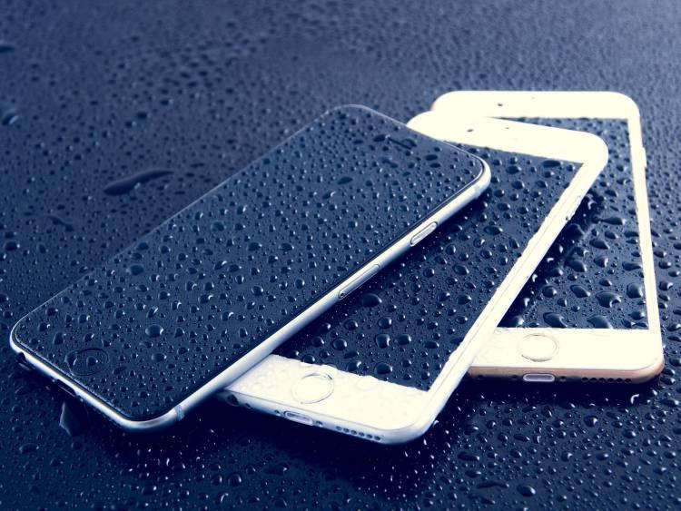 L'iPhone non resiste all'acqua e l'Antitrust multa Apple per 10 milioni