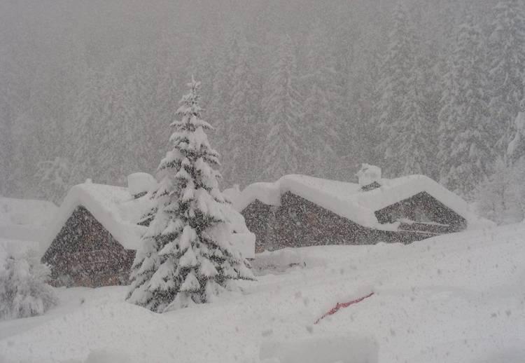 Meteo, neve al Nord e maltempo in tutta Italia: la situazione e le previsioni
